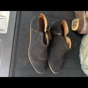 Size 10 Lucky Brand booties /ankle boots